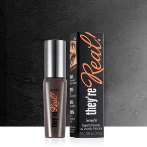 benefit cosmetics: Mascara Mini